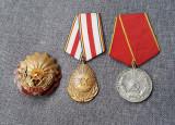 Lot decoratii per. comunista - ordinul muncii , med. Pt merite in munca - RPR