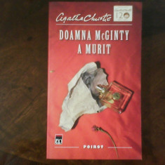 Agatha Christie Doamna McGinty a murit