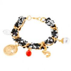 Brăţară, lanţ auriu, fâşie din material textil, mici amulete decorative