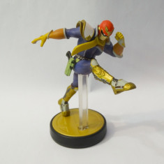 Figurina Nintendo Amiibo Captain Falcon No. 18