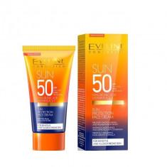 Crema de fata cu protectie solara, Eveline Cosmetics, SPF 50, 50 ml