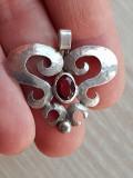 Medalion argint - rubin  - bijuterii vintage
