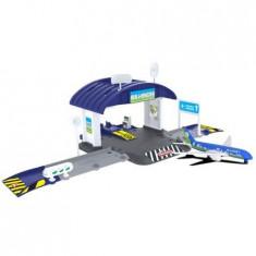 Set Creatix Aeroport cu hangar si avion