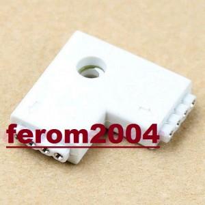 Conector FEMALE, cu 4 pini, pentru benzi led, RGB, 2 porturi, forma de L