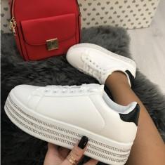 Adidasi dama albi cu platforma marime   40, 41+CADOU
