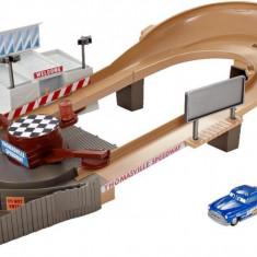 Set de joaca Pista de curse din Thomasville Cars 3 Story Sets