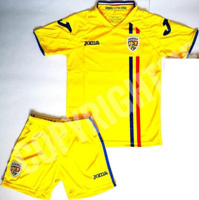 Compleu Echipament fotbal pentru copii 13-14 ani ROMANIA NATIONALA ROMANIEI foto