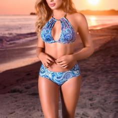 Costum de baie Cosita Linda albastru din material elastic si fin cu slip clasic si sutien tip bustiera