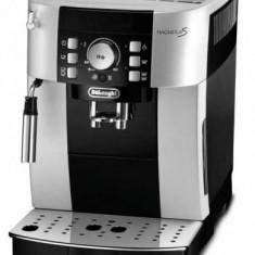 Espressor manual Delonghi Magnifica S ECAM21.117SB, 1450W, 15 bar (Argintiu-Negru)