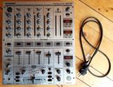 Mixer DJ profesional - Behringer DJX700