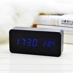 Ceas lemn personalizabil Borealy birou cu afisaj LED Blue