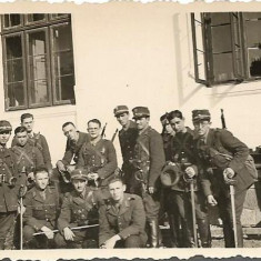 Fotografie elevi militari romani cavalerie cu sabii anii 1930