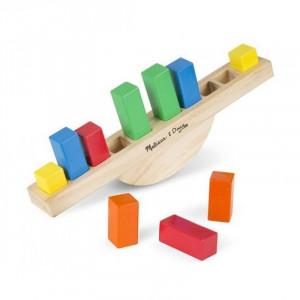 Balanta din lemn