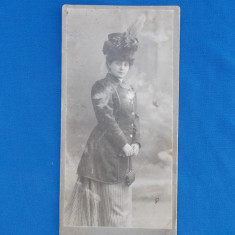 FOTOGRAFIE VECHE PE SUPORT DE CARTON , ATELIER FERD. GREGA , WIEN , DATATA 1909