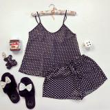 Pijama dama ieftina primavara-vara neagra din satin lucios cu imprimeu puncte