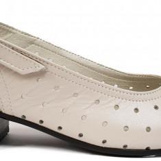 Sandale dama perforate cu toc jos Ninna Art 275 bej