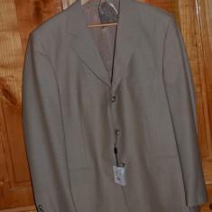 Costum barbati lana 60% nou cu eticheta / Costum LUX nou mar. 54 (XL)  FALLA, Bej