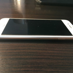 VÂND iPhone 7 gold 32gb