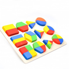 Sortator din lemn, jucarie pentru copii cu forme geometrice, 36 piese - 2200025