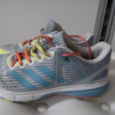 Superbi adidasi Adidas Court Stabil 13,marimea 40,stare foarte buna,made Vietnam