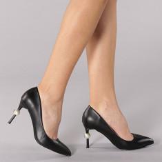 Pantofi cu toc Adria negri