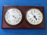 Barometru german cu ceas,pe suport dim lemn
