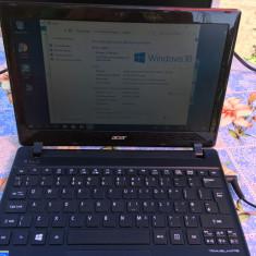 Laptop / Notebook ACER Travelmate B113 (Pentium i3 procesor, 500GB HDD, 4GB RAM)