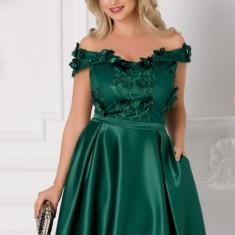 Rochie Amelia verde cu dantela si flori 3D la bust