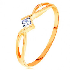 Inel din aur 585 - brațe despicate împletite, zirconiu pătrat transparent - Marime inel: 60