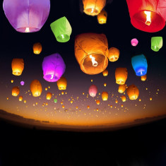 Lampioane zburatoare clasice colorate