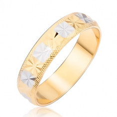 Inel în nuanțe aurii și argintii cu romburi tăiate și margini canelate - Marime inel: 54