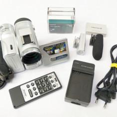 Camera video caseta MiniDV Mini DV Sharp Viewcam Z card SD + accesorii