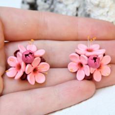 Cercei buchetel cires roz