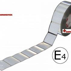 Bandă reflectorizantă Alb/Silver intrerupt 67.02.01 (1m)