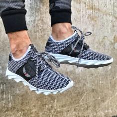 Adidasi pentru barbati alb cu siret din material textil usori talpa din spuma george