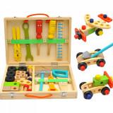 Trusa unelte din lemn pentru copii.