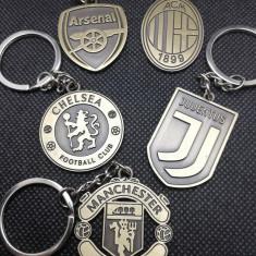 Breloc emblema echipa de fotbal AC MILAN MANCHESTER UNITED CHELSEA