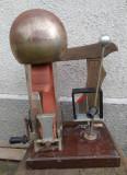 Masina electrostatica veche de laborator, generator electristatic IMD Bucuresti