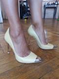 Pantofi cu toc Zara, galbeni. Marimea 37, Galben