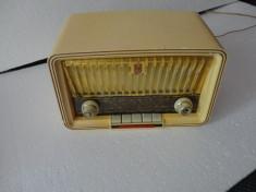Aparat radio Philips -model Philetta foto