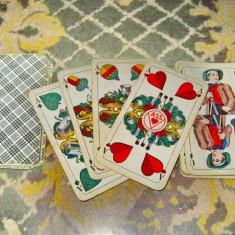 A116-I-Carti de joc Cruce vechi 2 seturi 24 buc. stare buna. Pret pe ambele.