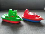 * Lot 2 vaporase de plastic, Romanesti, anii 90, 20 cm lungime, 10 cm inaltime
