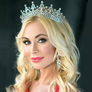 Diadema/tiara/coronita argintie