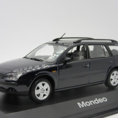 Macheta Ford Mondeo Break Minichamps 1:43