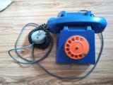 Telefon fix vechi comunism, complet, cu priza, functional, color (foarte rar!)