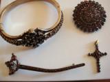 Set aur rosu 8K granate, lucrat manul Rusia, inceput anii 1900-sec XX