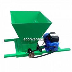 Tocator de Fructe Electric 1.5 KW ZTS5426