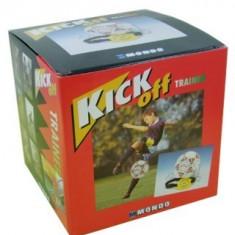 Jucarie minge fotbal cu snur si centura pentru antrenament Kick Off
