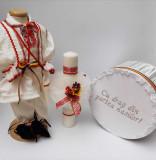 Cumpara ieftin Set Botez Traditional Raul 13 - 3 piese Botez Traditional : costumas, lumanare si cufar