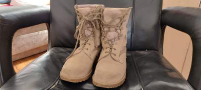 Bocanci Militari de Desert , marimea 26,5 . foto